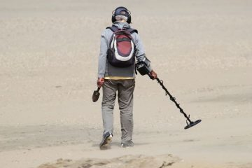 Our Must-Have Metal Detecting Gear & Accessories