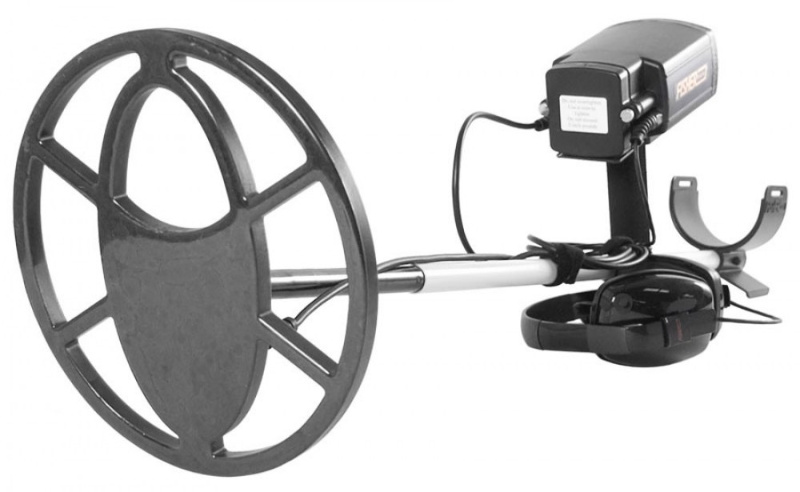 Fisher CZ-21 metal detector with 10 inch coil